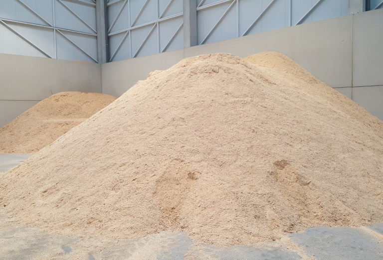 The production of wood pellets from sawdust